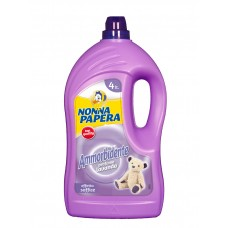 Пом'якшувач для тканин з ароматом лаванди NONNA PAPERA AMMORBIDENTE LAVANDA 4 l.
